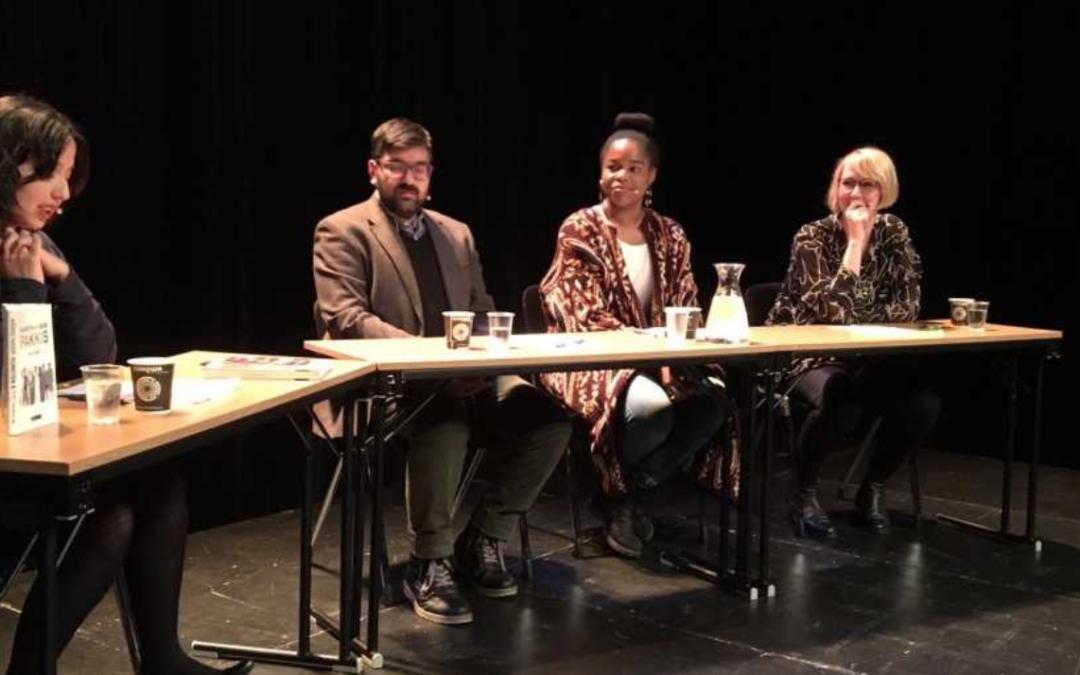 Paneldebatt om flerkulturell identitet, inkludering og tilhørighet